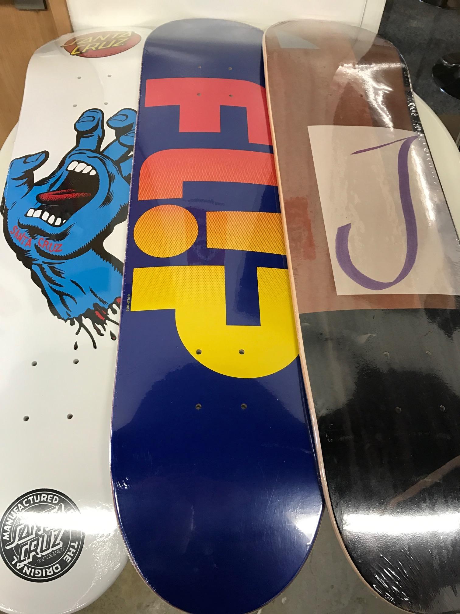スケートアイテム SANTACRUZ、FLIP、ISLE、INDY、RICTA入荷しました!!