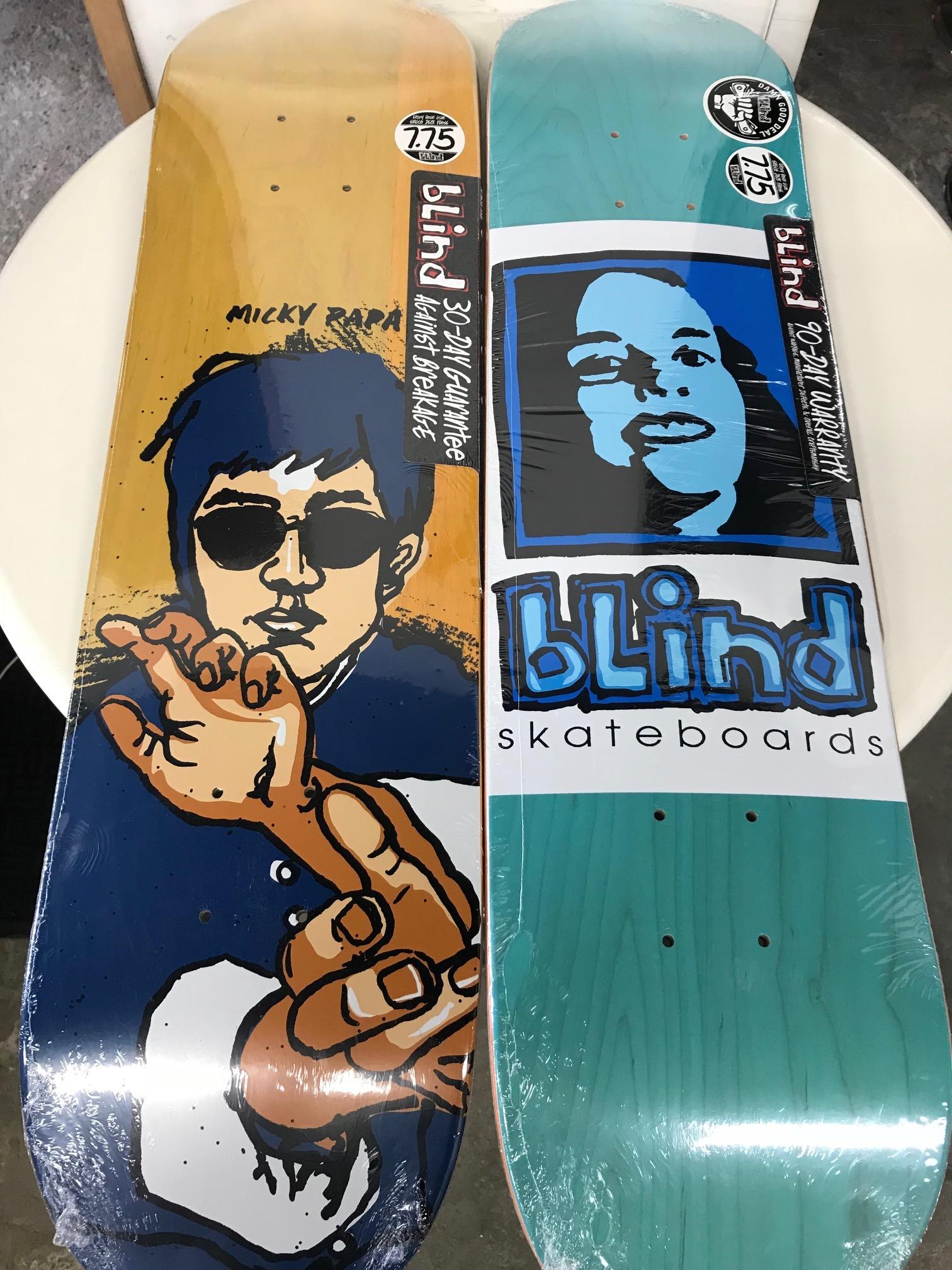 スケートアイテム SANTACRUZ、PRIMITIVE Skateboards、PlanB、REAL、GIRL、BLIND、VENTURE、SPITFIRE入荷しました!!