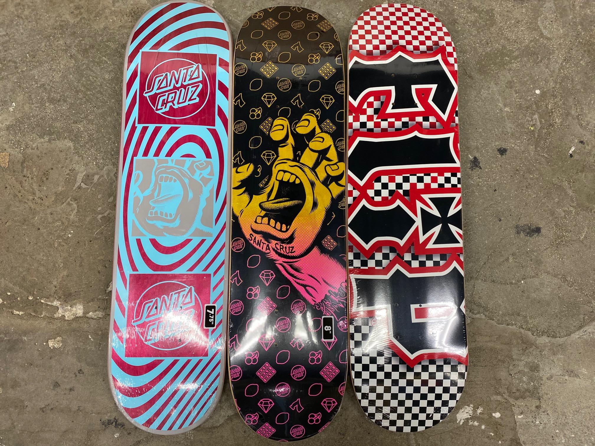 スケートアイテム SANTACRUZ、FLIP、INDY、BONESブッシュ入荷しました!!
